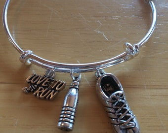 Love to Run Charm Bracelet