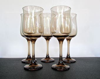 Smoky-Brown Tall-Curvy Wine Glasses Set of 5, High Quality Mid Century Barware, Perfectly Weighted, Elegant and Modern
