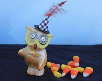 Vintage Style Halloween - Ceramic Owl Figure with Witch Hat. Striped Feather