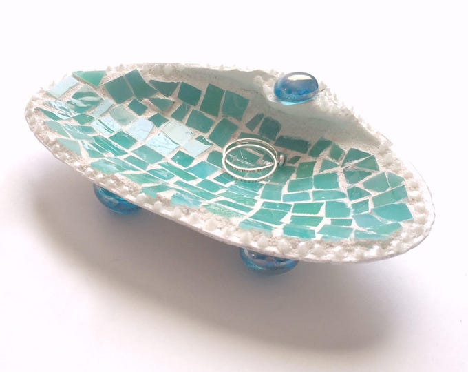 Mosaic Shell Ring Dish, Real Shell Ring Keeper, Beach Theme Ring Bearer Pillow, Mosaic Seashell Ring Catcher, Aqua Mosaic Shell Holder