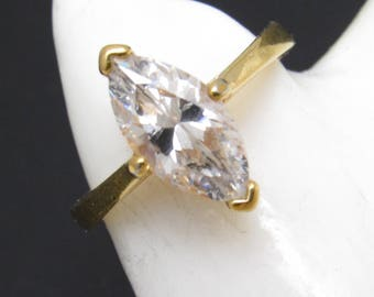 Vintage Marquise Rhinestone RIng Costume Jewelry R8507