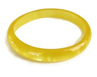 Yellow Moonglow Lucite Bangle Bracelet Vintage