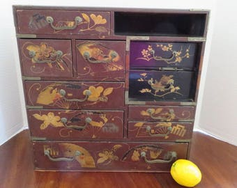 Vintage Mid-Century Asian Large Lacquer and Enamel Gold Gilt Hand Painted Jewelry Box
