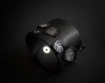 40% OFF SALE Leather wide black cuff bracelet Jewelry Wristband Casual Elegant