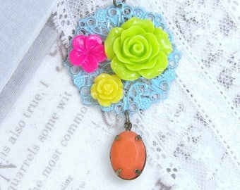Summer Flower Necklace Bright Necklace Green Rose Necklace Filigree Necklace Long Necklace