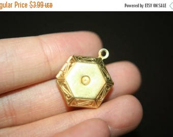 SUMMER SALE Raw Brass Hexagonal Lockets with Settings - 5 pcs
