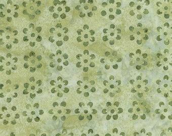 SALE Celery Green Daisy Tonga Batik Fabric - Timeless Treasures - B2802