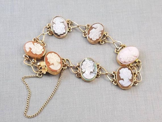 Vintage mid century 14k gold Italian cameo bracelet