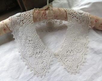 Antique Schiffli Lace Collar in White Cotton Irish Crochet Style Flower Motifs