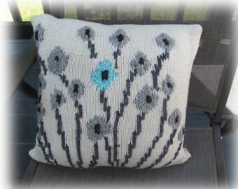 New! Knit Pillow Pattern - Field of Flowers