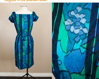 SALE 20% OFF | Blue Green Abstract Floral 1960s Wiggle Dress | S
