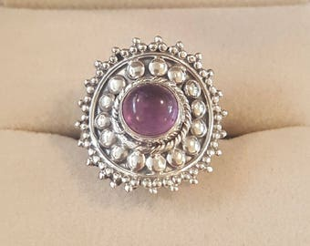 Vintage Sterling Silver and Amethyst Cabochon Ring size 6 1/2