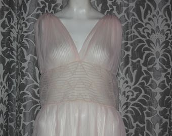 Vintage 40's 50's pink Sheer Smocked Nightgown Lingerie L