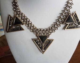 Black and Gold Triangle Chain Necklace