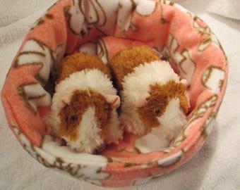 Large Cuddle Cup Bed in Fleece for Guinea Pig, Hedgehog, Rat