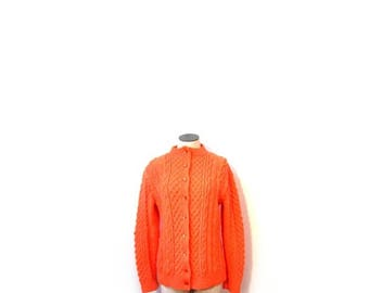 30% OFF Vintage 80s Hand Knit Chunky Peachy Keen Preppy Button Up Cardigan Sweater women s m vestiesteam cable knit granny boho hipster indi