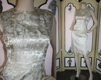 Vintage 1960's Dress. Champagne Brocade Cocktail Party Dress. Small