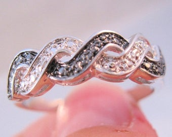 SHIPS 6/26 w/FREE Jewelry Vintage Wedding Eternity Diamond Chip Band Ring Size 11.5 Unisex Rhodium Plated Two Tone Jewelry Jewellery