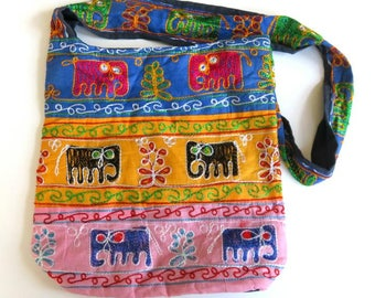 VINTAGE INDIA 18 ELEPHANTS cloth shoulder bag,embroidered,folk art,handmade,marigold,pink,red,blue,black,green,zipper closure,fiber art,vg