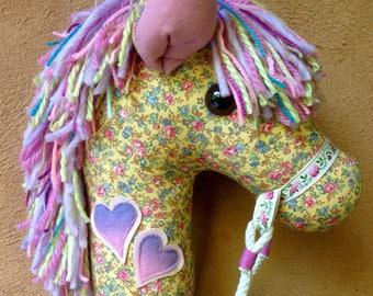 ECLAIRE- Hobby Horse