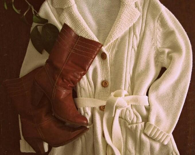 WINTER SALE Vintage 70s wrap sweater / cream cable knit cardigan / Boho Hippie Folk sweater