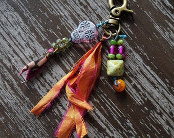 Purse Pull - Key Chain - Skull Charm - Boho Zipper Pull - Orange and Purple - Skulls - Accessory - Bead Soup Jewelry