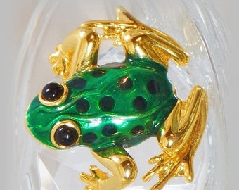 SALE Vintage Green Frog Brooch. Green Enamel Frog Pin.
