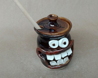 NEW Honey Keeper Wooden Dipping Stick. Stoneware Clay Pottery Honey Jar. Ug Chug Smiley Face. For the Chef Cook Foodie Honey Lover. Black.