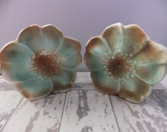 McCoy Pottery Wall Pocket Vase Rustic Flower Blossom Unmarked Green and Brown 1945 Pair