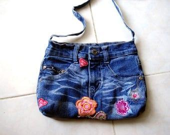 Recycled denim bag. Upcycled jeans bag,  Denim Handbags,  girls Jean bag, Denim Jeans Bag