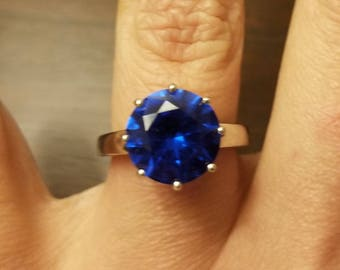 4.87 Beautiful Blue Spinel Solitaire Ring. Sterling Silver. Size 6.