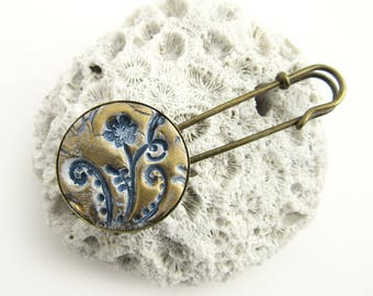 Bronze Shawl Pin - Country Style Sweater Pin - Jacket Pin - Jumper Brooch - Handcrafted Fashion Pin