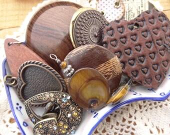 Vintage Jewelry Lot - Wood Findings - Wood jewelry - Hearts - Rhinestone Charms - Vintage Findings - D114