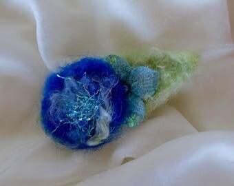 Hair Clip Enchanting Woodland Felted Hair Soft Blue Colors Green Leaf with Hydrangea Blossom Wool Felt Clip Small Hair Clip Handmade