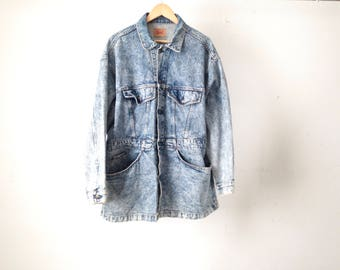 vintage levi's men's size extra large ACID WASH blue and white classic LEVIS denim cotton jacket