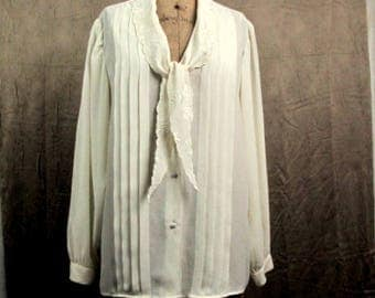 Vintage 1980s Romantic Blouse Sellecca Ivory Cream Button Front ~ Tucks ~ Embroidered Collar ~Long Sleeves ~ Slinky ~ XLarge ~ 16