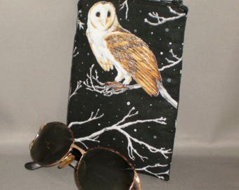 Owl - Eyeglass or Sunglasses Case - Zipper Top - Padded Zippered Pouch - Barn Owls