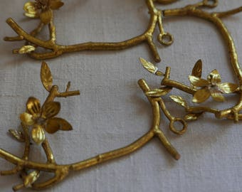 Golden Floral Fitting, Decorative Ornament Gold Hanging Twig / Vintage Wedding Decor, Eclectic Style, Midas Touch - FUN,  One pc
