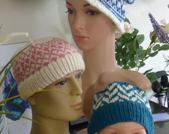 Ladies Blue and White Slouch Hat
