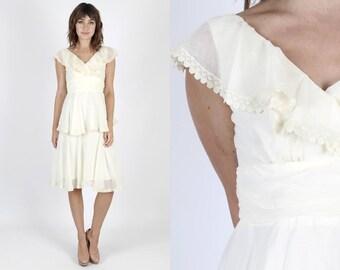 Boho Wedding Dress Bridesmaids Dress Lace Dress Party Dress Cream Dress Mini Dress Vintage 70s Dress Boho Dress Hippie Tiered Lace Ruffle S