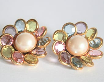 Vintage pearl and crystal earrings. Clip on earrings. Pastel earrings. Avon earrings