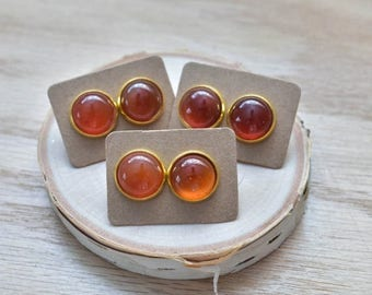 20% EARRING STUD SALE Gold Round Red Carnelian Bezel 14mm Stud Earrings/ Red Orange Large Round Cabochon Gold Studs/ Natural Stone Gemstone