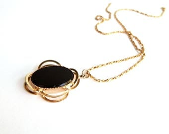"""Vintage Diamond Cut Gold Rope Chain & Black Onyx Pendant Necklace - Oval Glass - Faux Onyx - Atomic Mid Century - 18"""" Chain"""