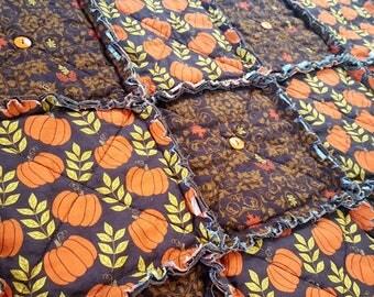 Fall Table Runner in Brown Leaf Damask with Pumpkins,  Autumn Table Runner, Halloween Runner, Primitive Patchwork Rag Runner, Handmade in NJ