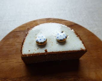 Gold Scallop Polka Dot Raindrop Stud Earrings
