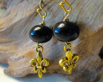 elegant (and inexpensive) Saints earrings