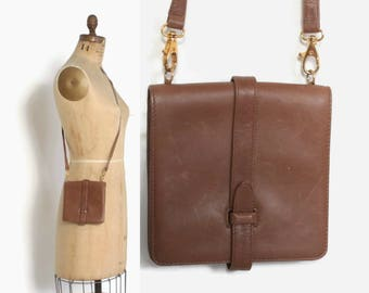 Authentic 90s GUCCI PURSE / 1990s Caramel Brown Leather Slim Crossbody Bag
