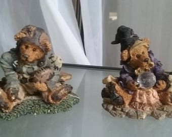 Boyds Bear Set of Two, Football Player and Wizard, Vintage Home Decor, Collectible Small Figurines, Numbered Editions