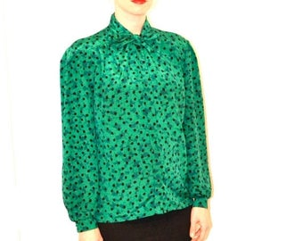 SALE Vintage Green Polka Dot Shirt Size Medium Large With Bow// Vintage Green and Black Polka Dot Shirt Size Large