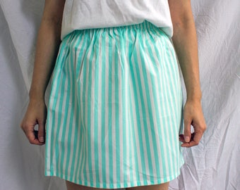 the Alex -skirt (one size cotton print mini skirt with elastic waist)
